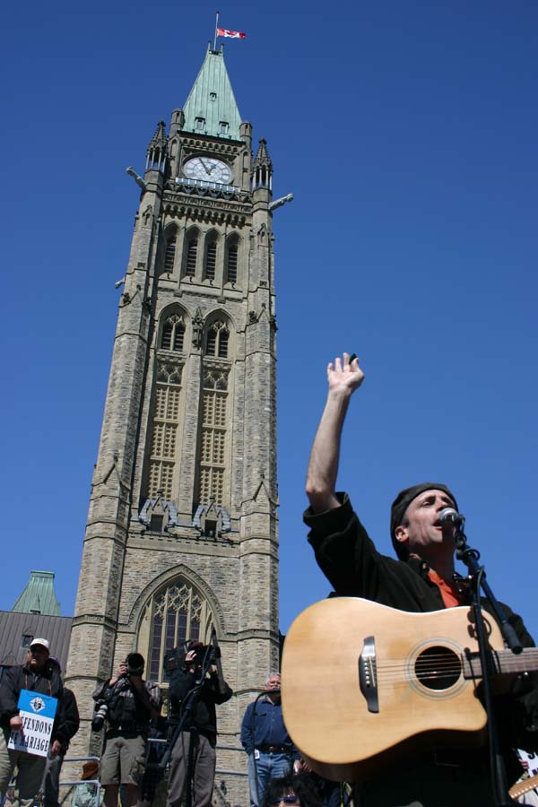 SInging on Parliament Hill, march for marriage
